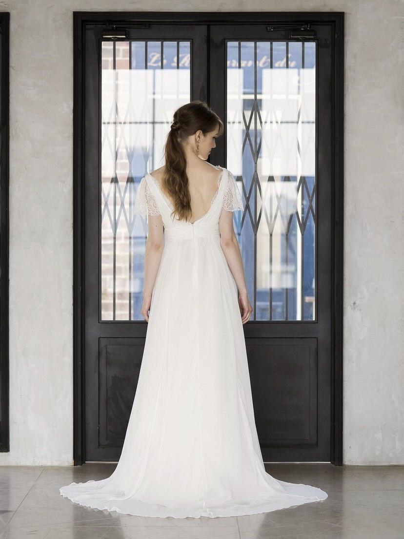 ウェディングドレス:Lirio(リリオ)