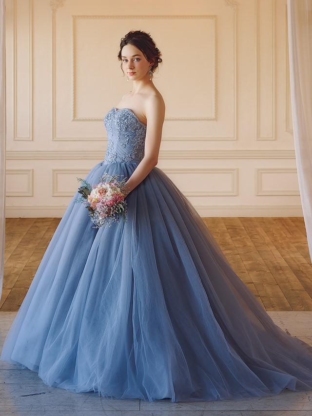 【トレンドはグレイッシュカラー】おしゃれ花嫁の大人の愛らしいカラードレスフェア♪