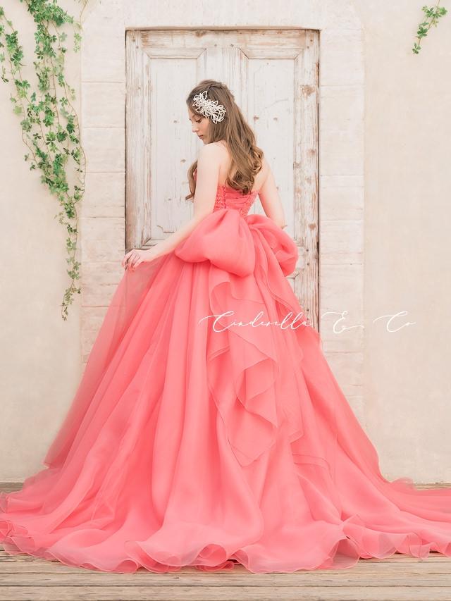 大人の愛らしさ☆ふんわりエアリーな写真映えカラードレス試着フェア♪