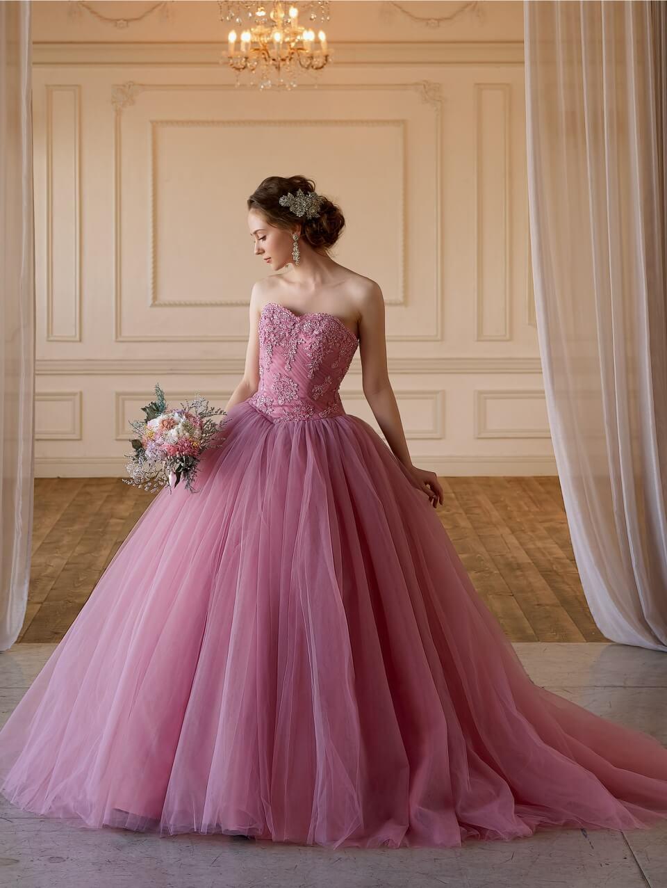 トレンドなグレイッシュなカラードレスが豊富♪スタイリッシュなカラードレスのご試着フェア!
