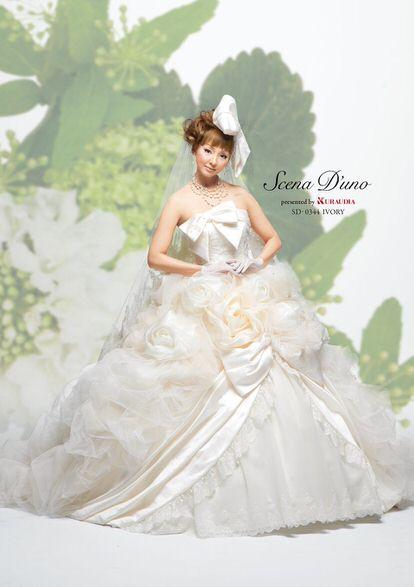 神田うのウェディングドレス